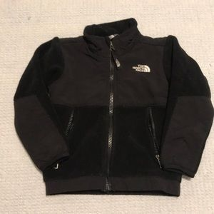 2T Black The North Face